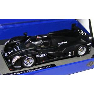 Le Mans Miniatures Audi R18 TDI No.1 Presentation 2011 132056M