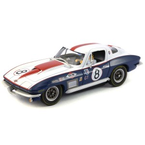 Carrera Chevrolet Corvette Stingray No.8