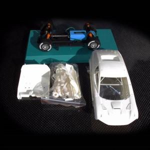 Avant Slot Mitsubishi Raid White Kit