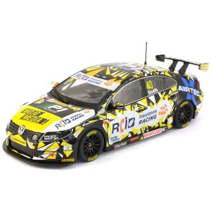Scalextric BTCC VW Passat Aron Smith