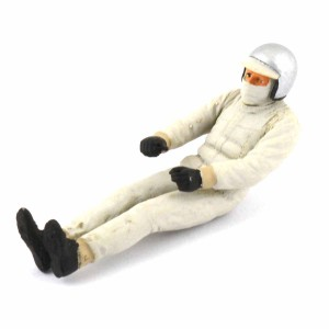 Le Mans Miniatures Classic Seated Driver Painted