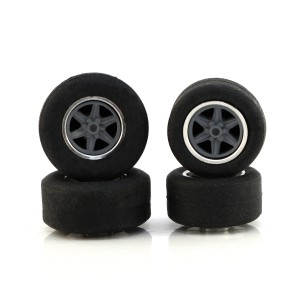 PCS Scalextric Wheel & Tyre with Insert Pack 02b