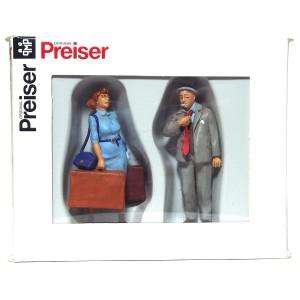 Preiser Standing Travellers PZ-63086
