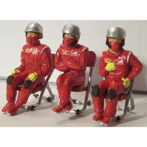 Slot Track Scenics Seated Pit Crew & Chairs Pack A