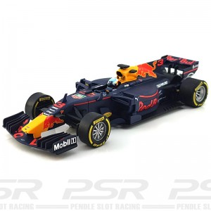 Carrera Digital 132 Red Bull Racing TAG Heuer RB13 Daniel Ricciardo